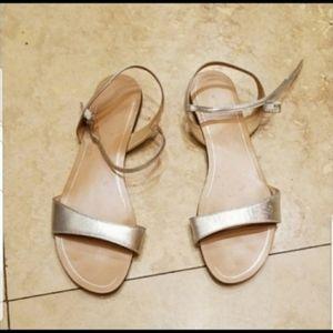 Banana republic sandals size 8,5